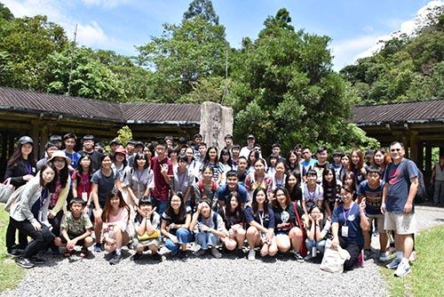 教育部帶領東南亞台商子女探訪台灣文化