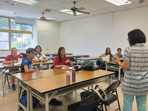 國際扶輪交換生台東大學華語課程開課