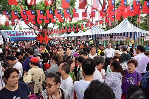 眷村文化節熱鬧起跑 新北市長朱立倫邀市民同歡