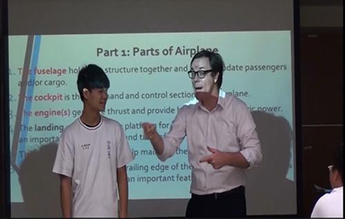 文藻外語大學外籍師資協助進行航空機械職場外語文體驗學習活動之密集訓練課程