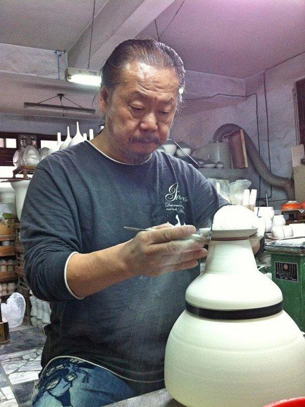 台灣陶瓷藝術家李存仁大師