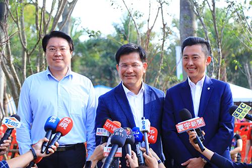 林右昌、林智堅參訪台中花博 大力肯定市長林佳龍