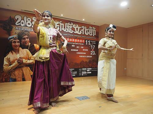 印度舞者帶來南北競舞演出