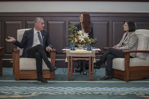 總統蔡英文接見法國國民議會友台小組