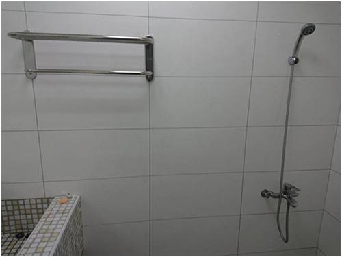 修繕後淋浴設備完工