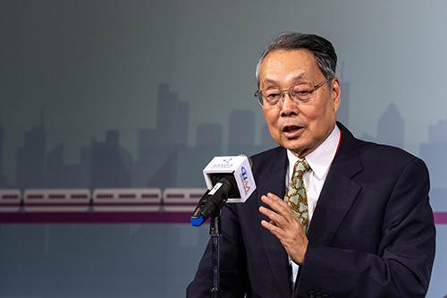 亞洲·矽谷物聯網產業大聯盟榮譽會長施振榮致詞表示,期盼透過政府與產業合作,產生一個開發新核心能力的環境
