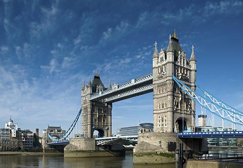 國泰航空「心動價」:倫敦來回含稅只要20,600元起