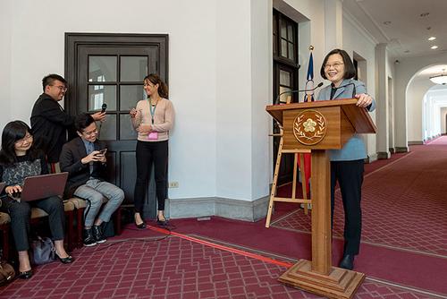 總統蔡英文迴廊談話 呼籲全民防止非洲豬瘟傳至台灣