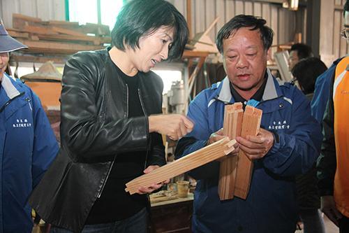 舊傢俱再利用 台東縣長饒慶鈴籲捐出堪用傢俱做公益