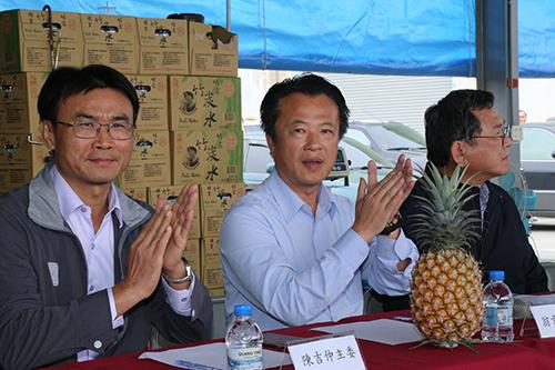 農委會主委陳吉仲:鳳梨次級品收購價格每公斤8元