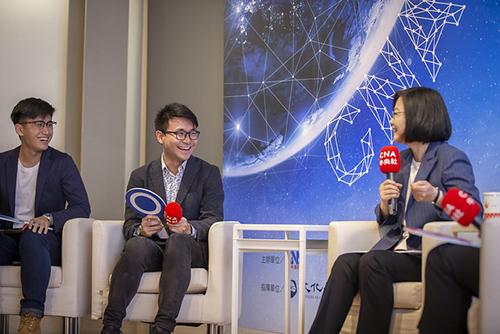 總統蔡英文出席中央社夢想啟程記者會
