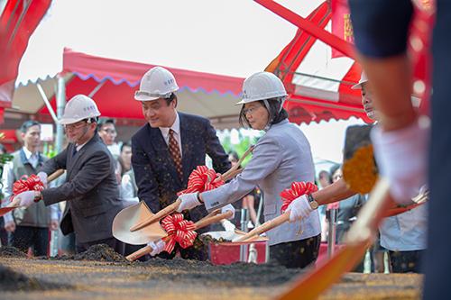 立法院長蘇嘉全出席台南市區漁會活動中心動土典禮