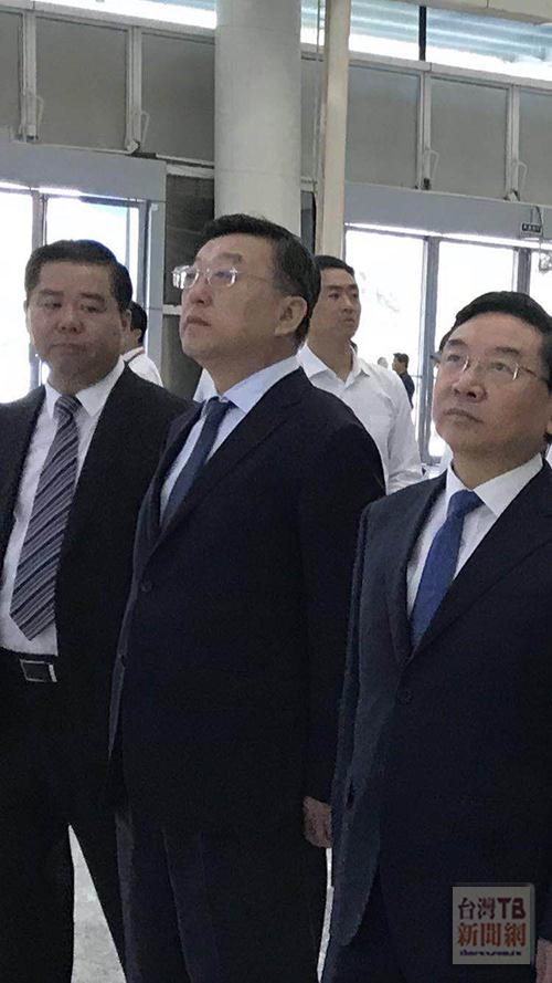 福建省長唐登杰(中間)(張汶寧攝)