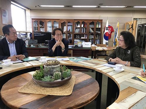 國際數位學習──教育部參訪韓國中小學數位學習