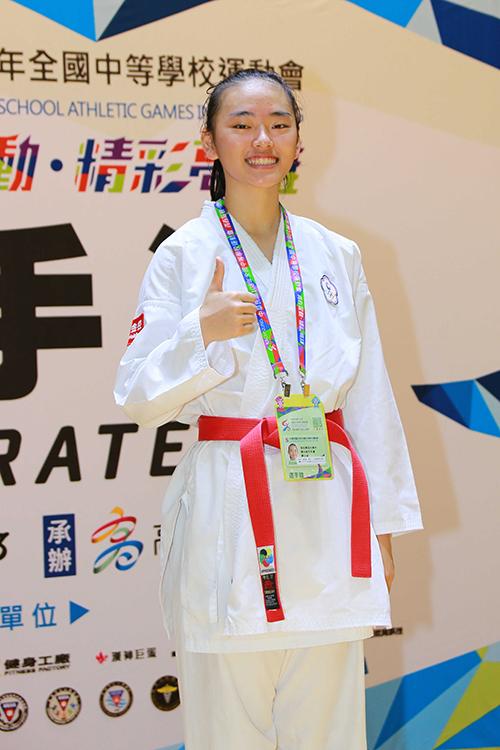 教育總統獎得獎同學謝玉涵