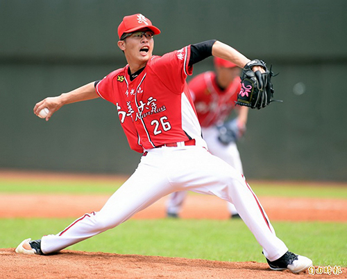 南華大學中華職棒選秀, 南華棒球隊大滿貫六位入選味全龍,圖為運動學程二年級投手蔡明憲