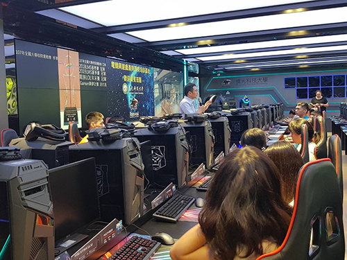 台中市教育局暑期高中生ACG、AI特色營隊陸續登場