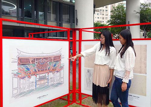 「李梅樹 × 李乾朗」同場演出 手繪廟宇古蹟戶外藝術展