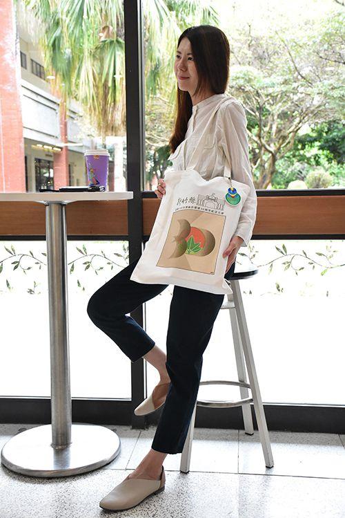 新竹縣30而立 限定五色鳥造悠遊卡、環保袋送給您