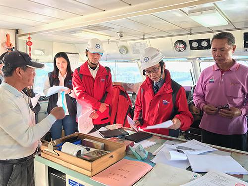 交通部航港局副局長劉志鴻督導臺東-綠島航線載客船舶