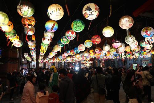 2020府城普濟燈會點燈 台南市長黃偉哲邀大家賞花燈