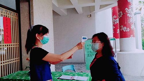 台南市客家文化會館進行參觀民眾實名制演練