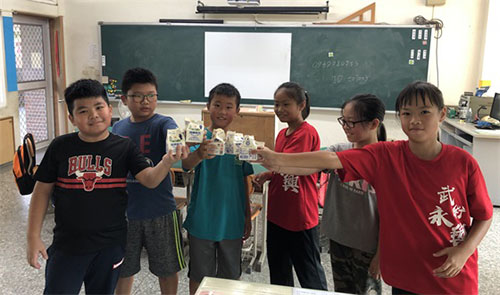 「營養100計畫」幫助提供南投縣魚池鄉東光國小學童更完善均衡的營養。(中華開發文教基金會提供)