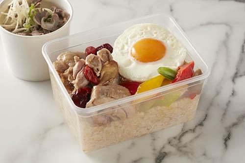 外帶餐盒-麻油雞越光米飯