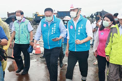 高雄市長韓國瑜視察黑橋排水 籲民眾嚴防豪雨
