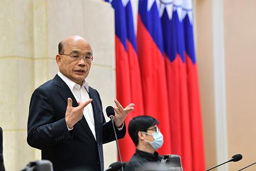 行政院長蘇貞昌:邊境風險嚴管、國內鬆綁