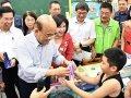 行政院長蘇貞昌宣布:全國中小學裝冷氣拚2022年夏季完工