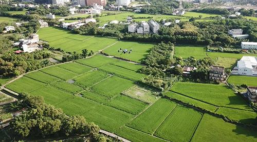 空中環保尖兵!新竹市無人機 科技執法杜絕露天燃燒