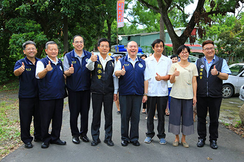 移民署主任秘書林興春(右4)