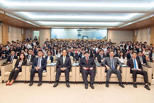 立法院長游錫堃參加「青年菁英立法院會議」開幕典禮