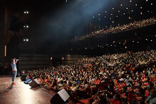 「讓奉獻成為一種榮耀」公益演唱會 彰化開唱千位志工嗨翻天