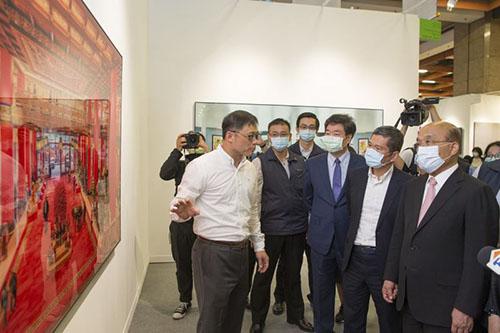 文化部行政院長蘇貞昌及文化部長李永得參觀2020 ART TAIPEI 台北國際藝術博覽會。