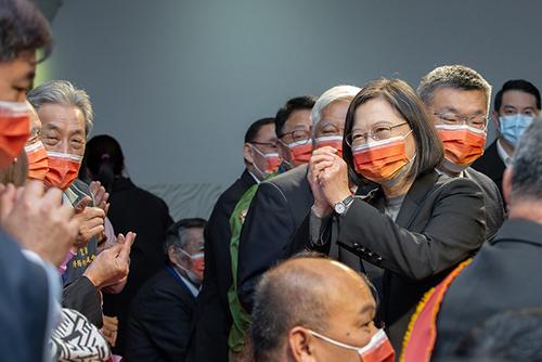 總統蔡英文盼台灣掌握機會 讓經濟脫胎換骨
