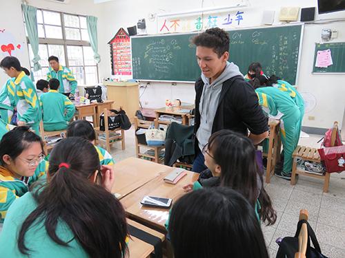路竹高中-外師入班授課