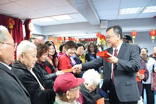 澎湖縣長賴峰偉宣布取消團拜及新年聯歡 啟動電子圍籬