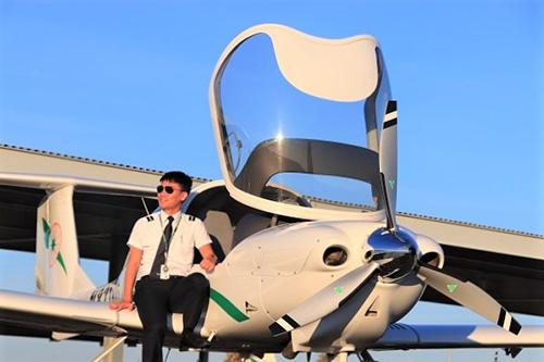 長榮航空飛行學院在台招生 飛行夢想成真
