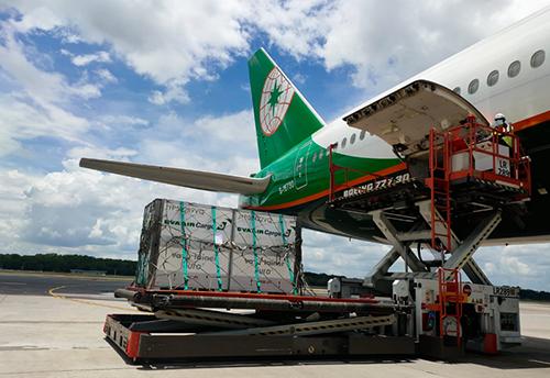 長榮航空及長榮航勤同步獲得國際醫藥冷鏈運輸認證
