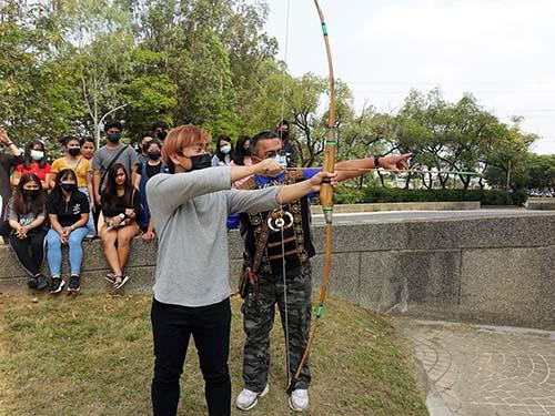 高雄市自然史教育館 推廣外籍生與原住民文化交流