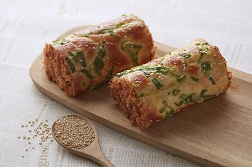 台北寒舍艾美酒店推出「艾饗美食」外帶餐盒與麵包